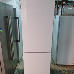 """HAIER"" GERMANY, 380 litara, Kombinovani frižider, Samootapajući"