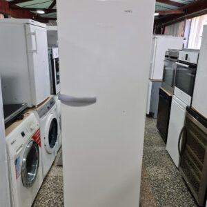 """MIELE"" GERMANY, 413 litara, veliki frižider, odličan"