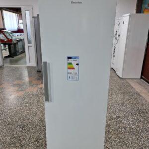 """""""ELECTROLUX"""", GERMANY, 367 litara, A + +, veliki frižider"""
