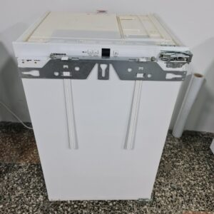 """LIEBHERR"" GERMANY, IKP 1620, Ugradni mali frižider, NOVO"
